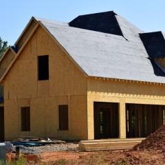 La construction de maisons écologiques prend forme à Marseille
